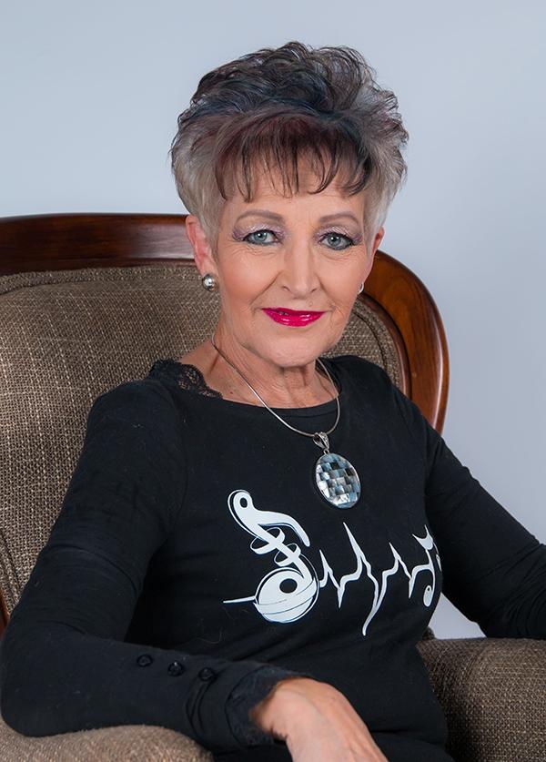 Edna Grové
